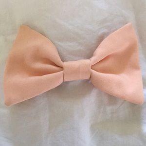 American Apparel Peach Oversized Bow Clip